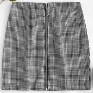 Dresses & Skirts - O Ring Zip-up Houndstooth Skirt